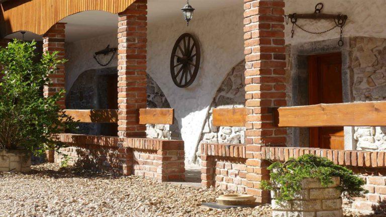 kamenny-mlyn-predni-zborovice-ubytovani-nadvori-4